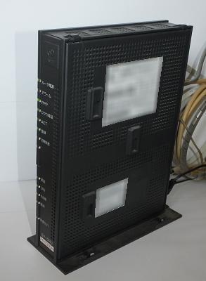 ONU(回線終端装置・ルーター一体型)